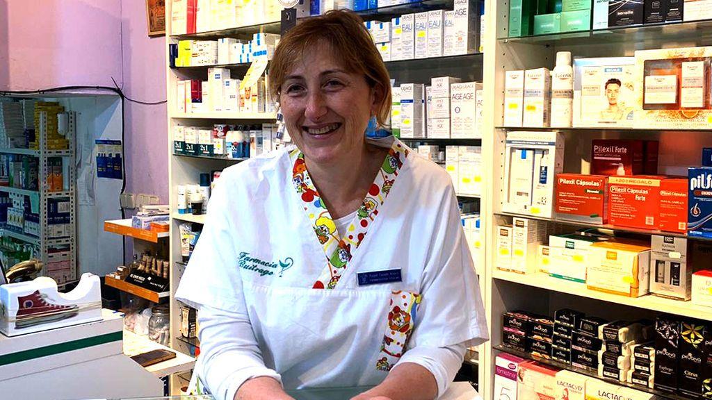 Heroína sin capa: Raquel, la farmacéutica que se juega la salud y una multa por repartir sus medicamentos a mayores aislados