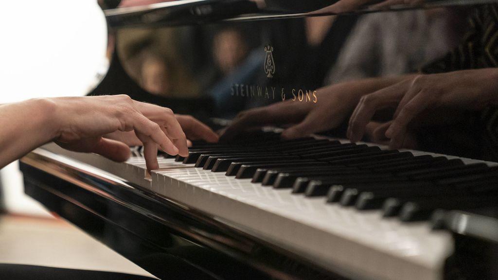 Agenda para una cuarentena, 31 de marzo: concierto de jazz, exposición de Chema Madoz y clase de ukelele