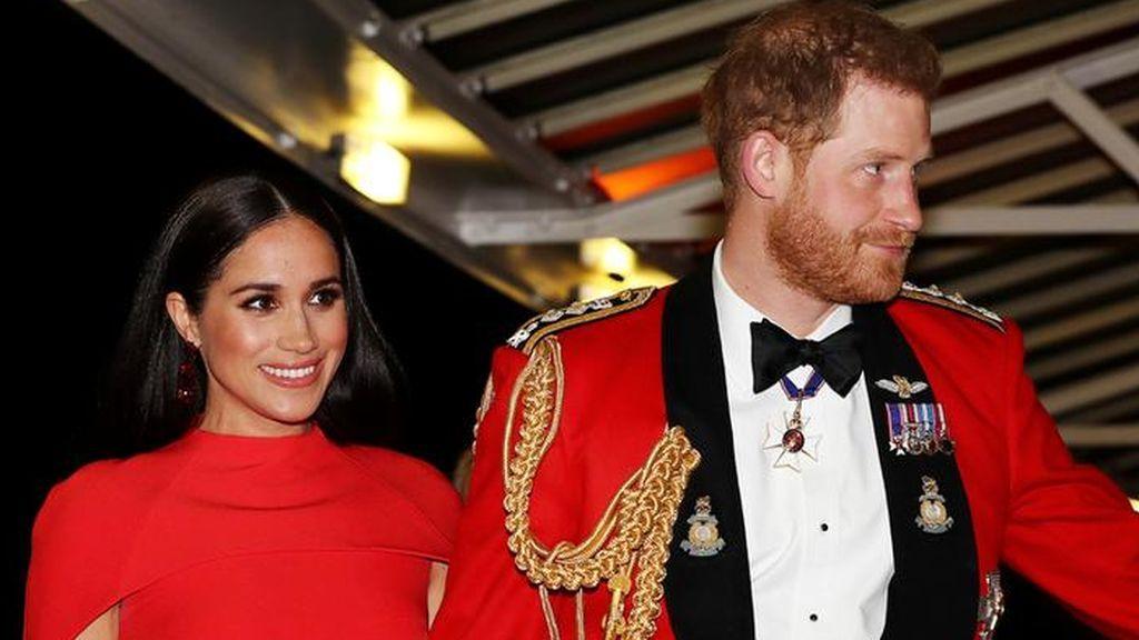 """El príncipe Harry y Meghan Markle dan su adiós definitivo a la Familia Real Británica: """"El trabajo continúa"""""""