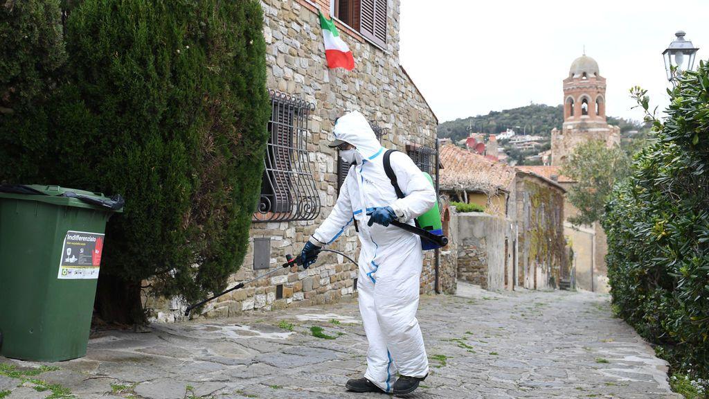 Italia suma 837 muertos en 24 horas, pero se está ralentizando la curva de contagios