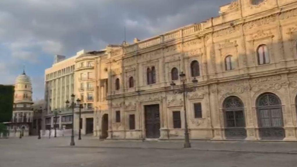 Nadie en las calles de Sevilla