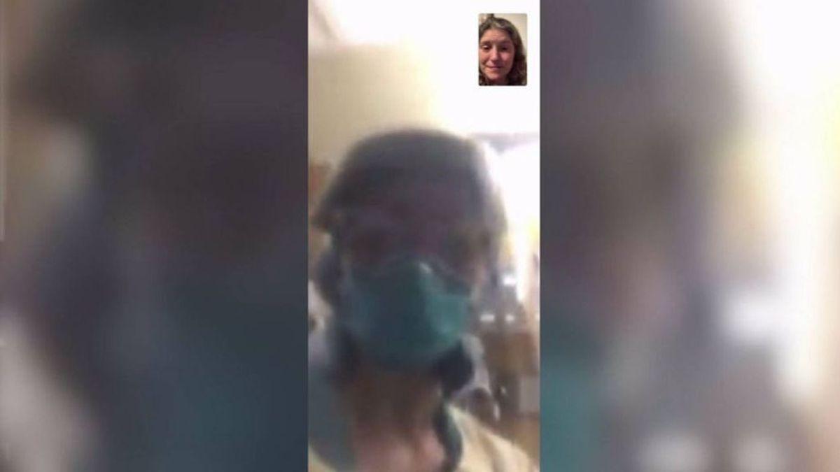 """""""Mamá, está bien que te vayas"""": una enfermera ayuda a despedirse a una mujer de su madre"""