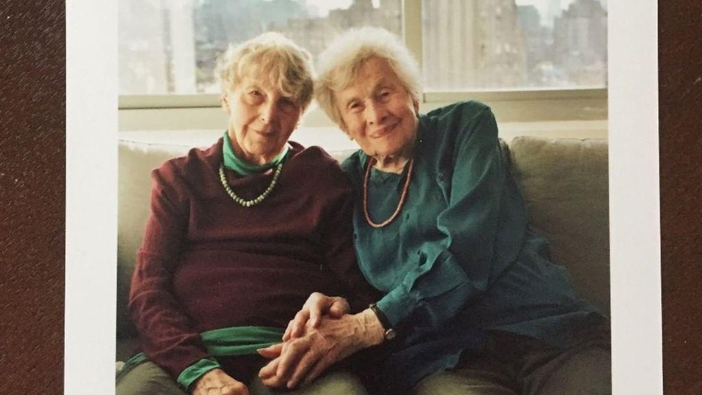 El aprendizaje de Eva y Naomi, de 101 y 95 años, tras sobrevivir a la gripe española, al crac del 29 y al Holocausto
