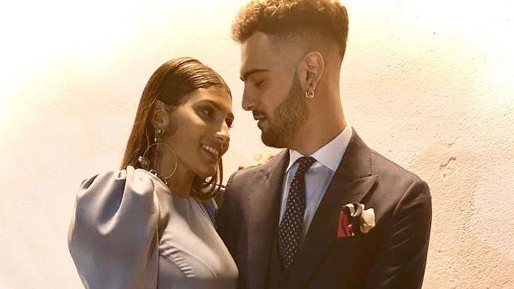 Manuel Cortés y su novia cantado juntos