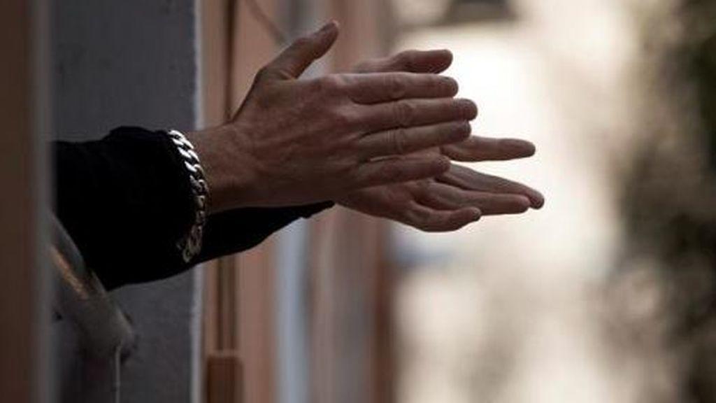Detenido en Alicante por realizar seis disparos desde su balcón durante el aplauso solidario