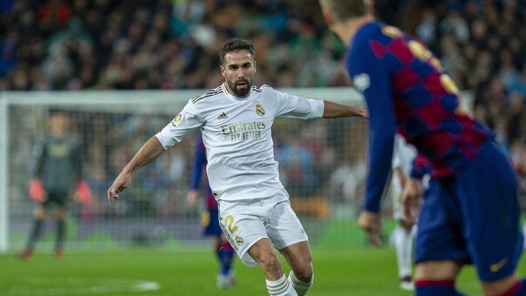 Carvajal jugando con la camiseta del Real Madrid