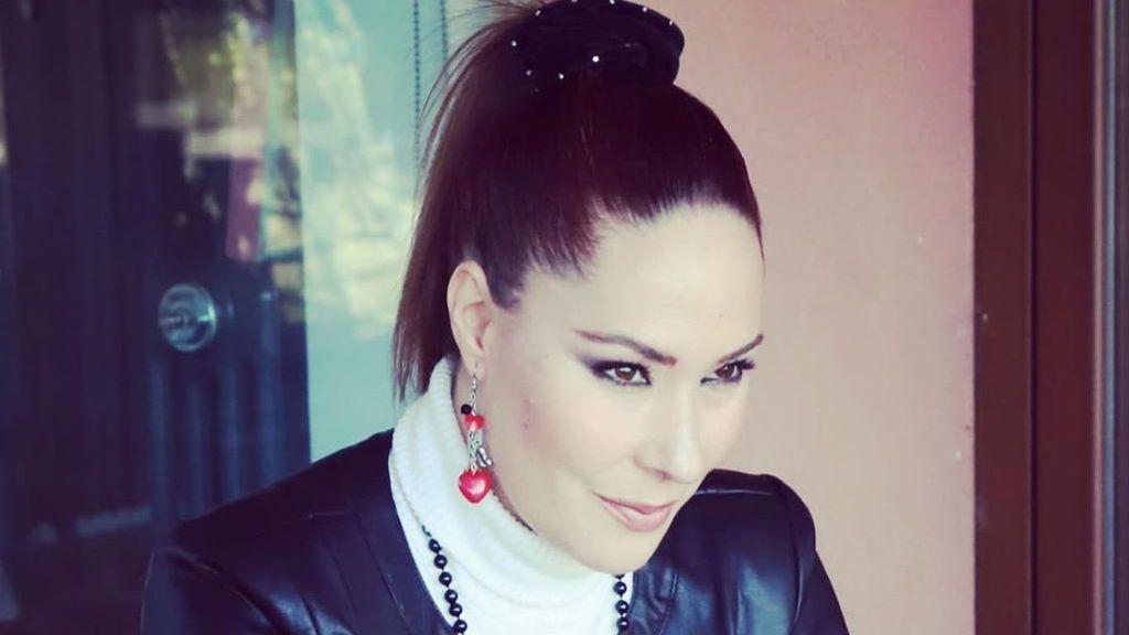 """Rosario Mohedano rompe una lanza a favor de Rocío Carrasco:""""Siempre estoy en medio y eso es difícil"""""""
