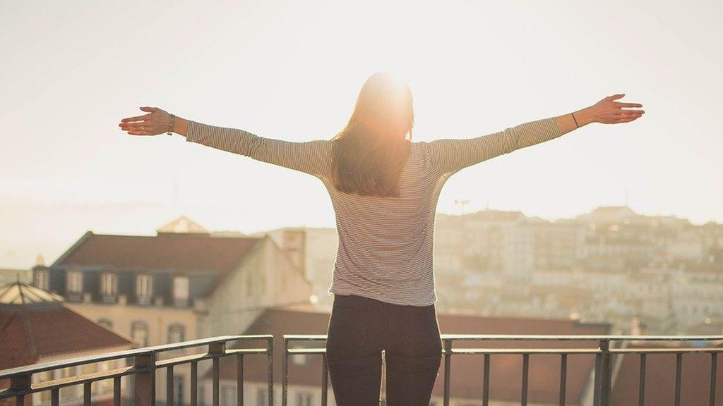 Aprovecha los días de sol para salir al balcón