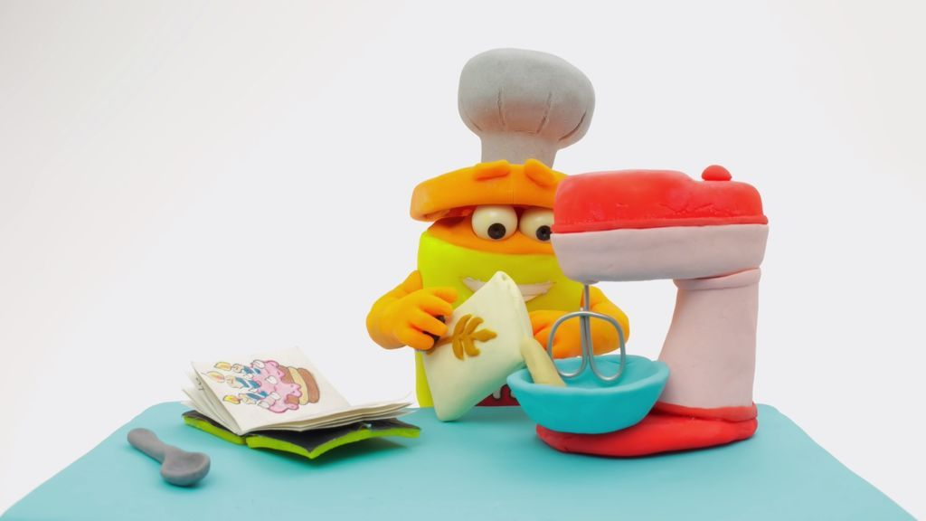 Cocinamos tarta en The Play-Doh Show