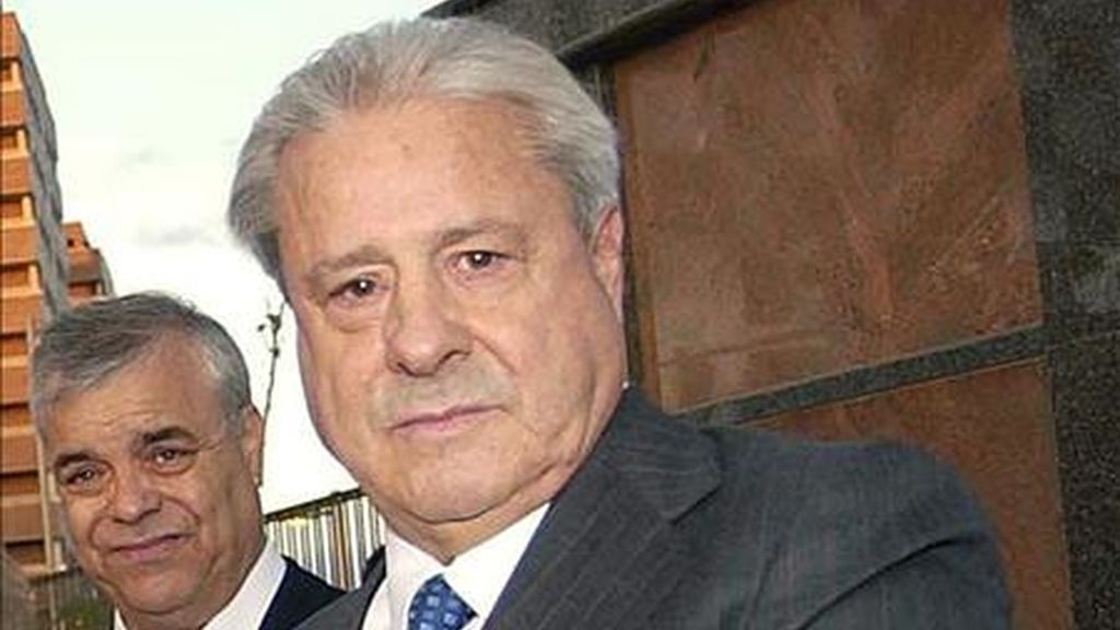 Muere Paco 'el Pocero' por coronavirus