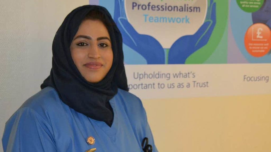 Muere una joven enfermera por coronavirus tras salvar a cientos de pacientes en Reino Unido