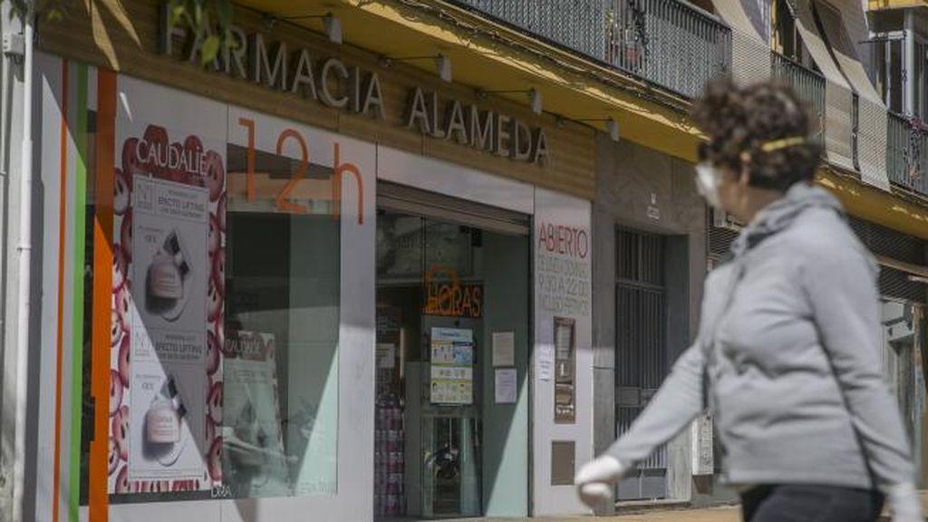 """Los farmacéuticos piden regular el precio de las mascarillas ante el aumento """"abusivo"""" de su coste"""