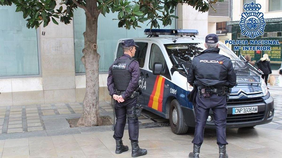 Detenida una mujer por intentar agredir a un hombre con un cuchillo durante una fiesta en Palma