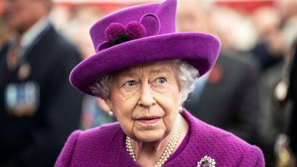 """La reina Isabel II lanza un conmovedor  discurso a la nación: """"Unidos,  venceremos al virus"""""""