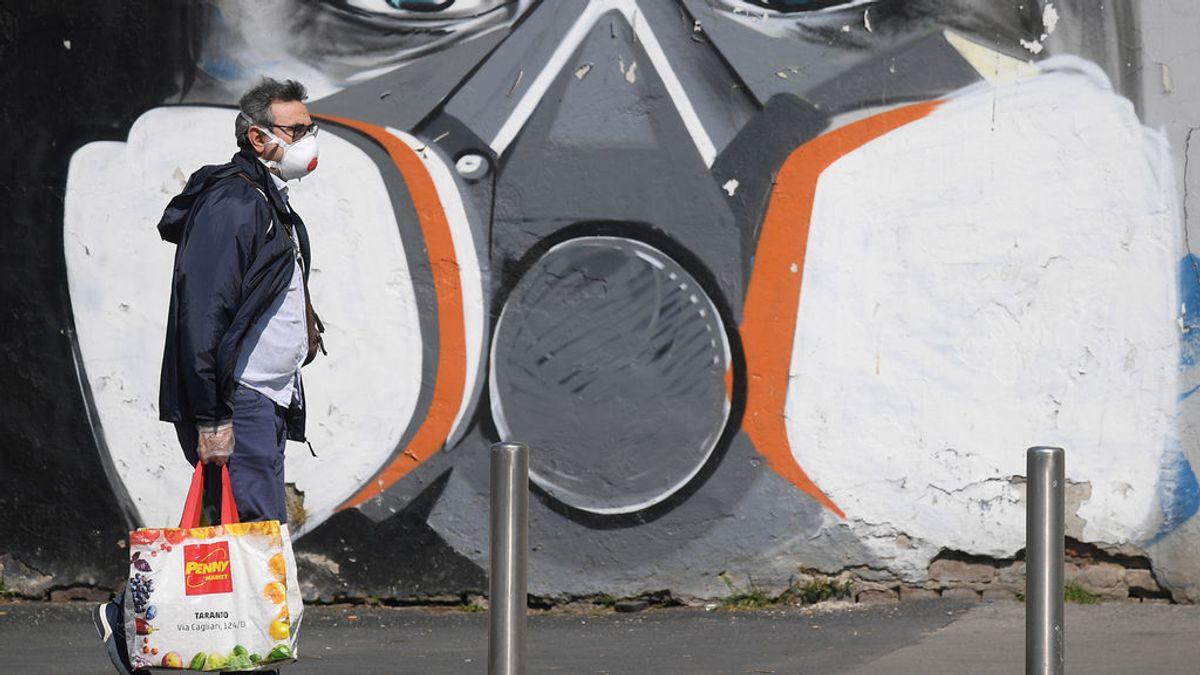 Italia ralentiza el ritmo de contagios mientras Lombardía y Toscana ordenan el uso de mascarillas al salir a la calle