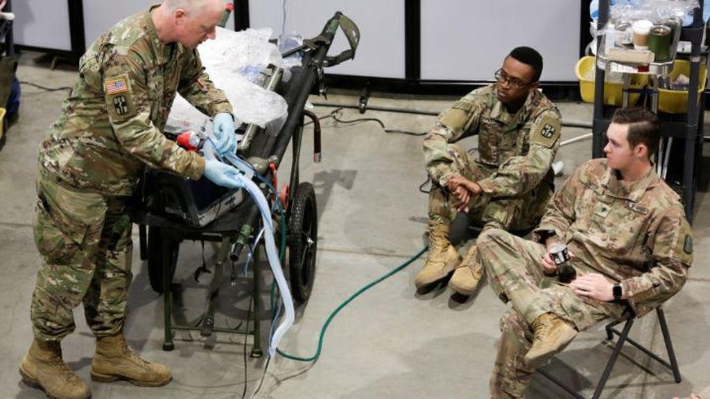 Efectivos del Ejército en un hospital de Washington en plena crisis sanitaria