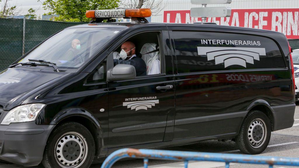 Madrid habilita un teléfono para localizar a los fallecidos por COVID-19 entre sus tres grandes morgues