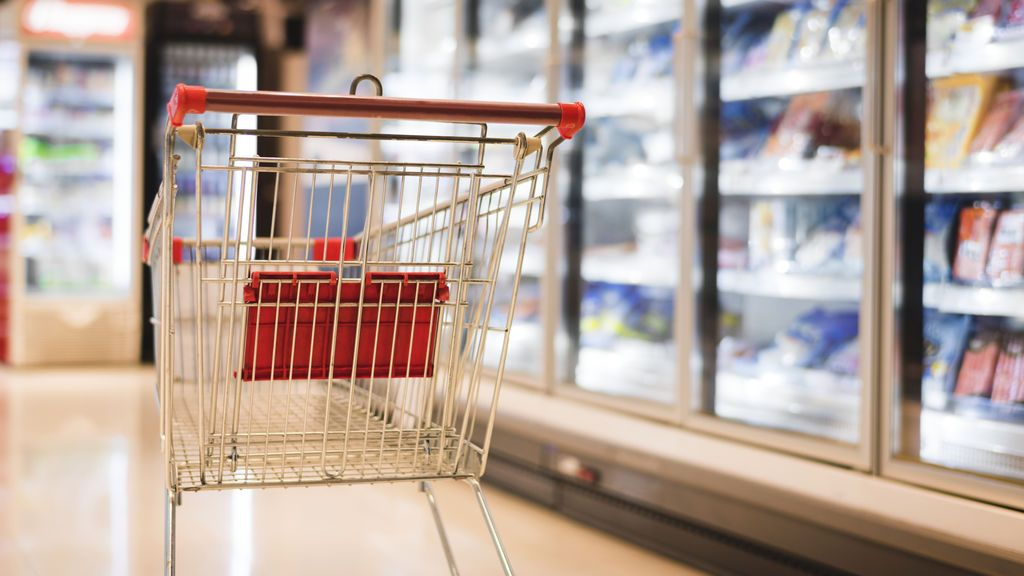 Vermut, dulces y, por supuesto, papel higiénico: así evoluciona la compra en la semana tres de cuarentena