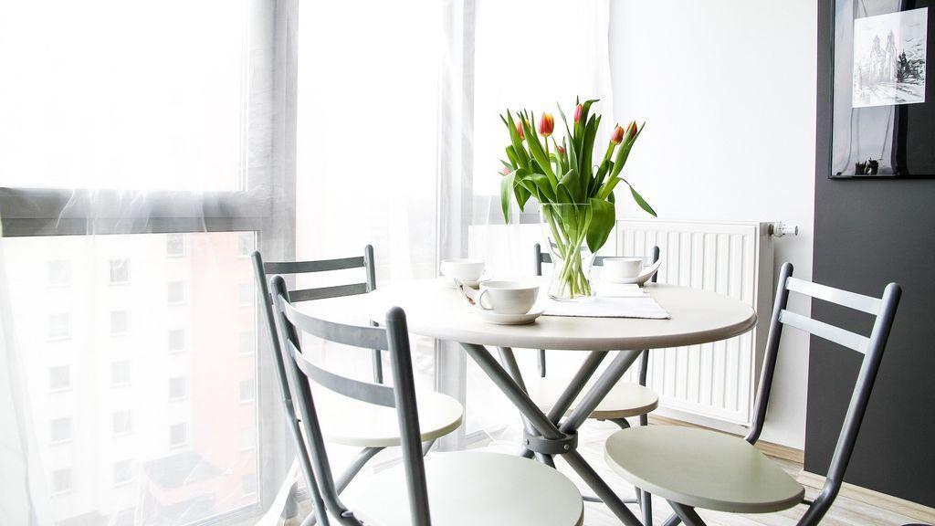 Me acabo de mudar tras el divorcio: cómo convertir en un hogar tu estudio de nuevo soltero con poco dinero