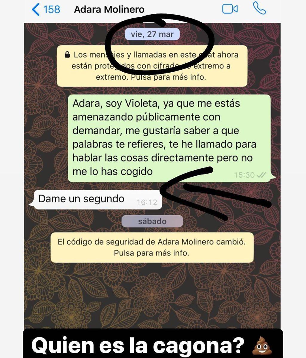 Violeta enseña el mensaje que Adara le envió a Fabio