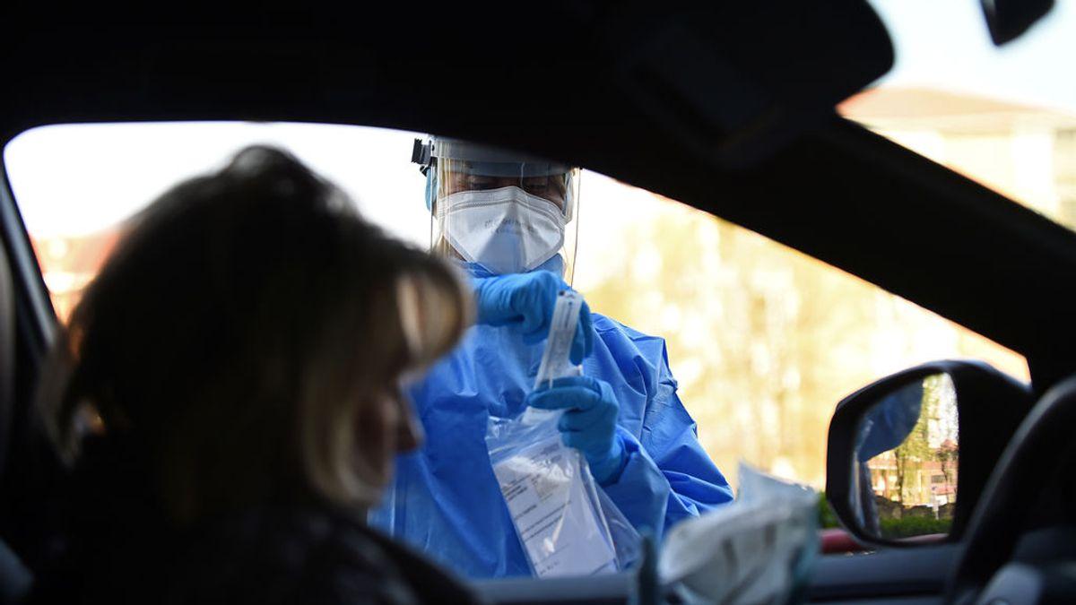 Italia registra 880 nuevos casos de coronavirus en las últimas 24 horas, la cifra más baja desde el 10 de marzo
