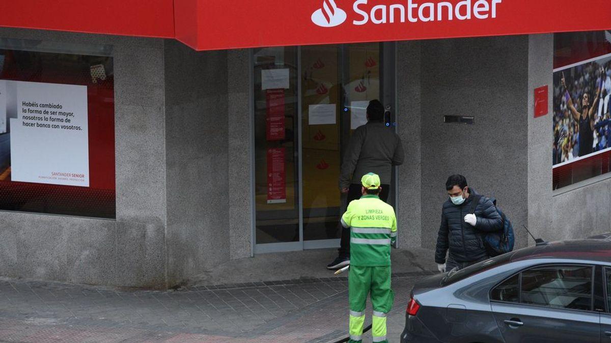 Consumidores acusan a los bancos de querer hacer negocio a costa del coronavirus
