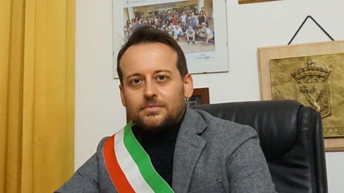 """""""¿Les queda alguna neurona?"""", la bronca de un alcalde italiano a sus vecinos por no guardar la cuarentena"""
