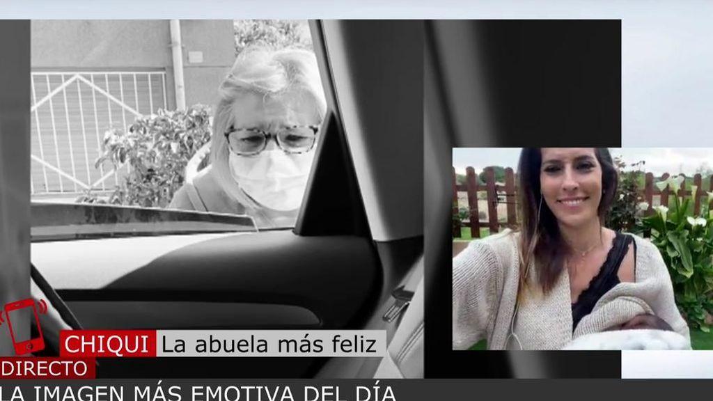 """La abuela que ha conocido a su nieta por la ventanilla del coche: """"Fue un carrusel de emociones"""""""