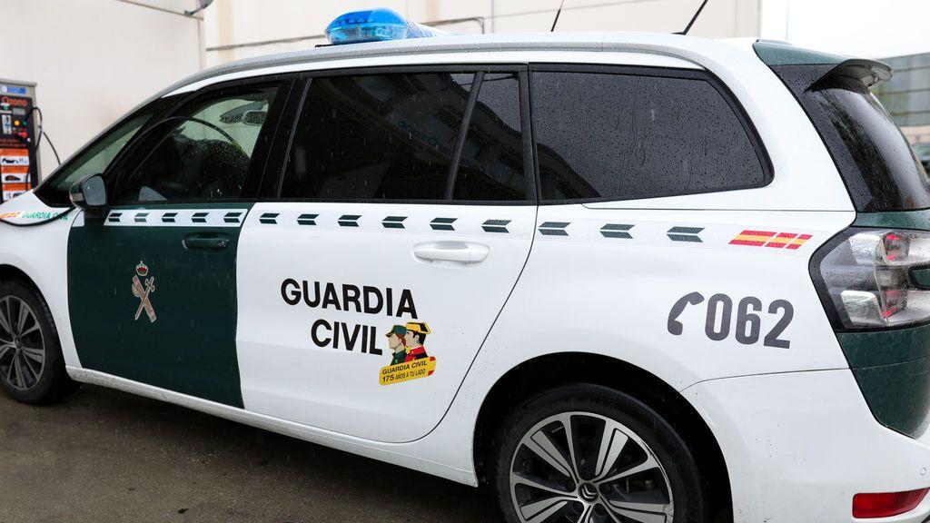 Interceptadas dos jóvenes que iban a comprar tabaco de madrugada en Ourense, una de ellas buscada en Madrid