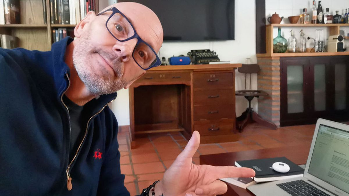 Agenda para una cuarentena 8 de abril: 'confitados' en casa con el fotógrafo Pepe Castro, cita con Benardo Atxaga y subidón con Shinova Rock