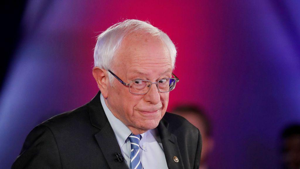 Sanders abandona la carrera presidencial de EEUU