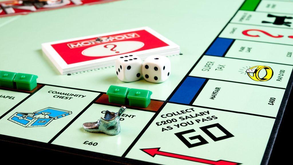 Vuelve a conquistar las calles desde casa con las diferentes versiones de Monopoly, el rey de los juegos de mesa
