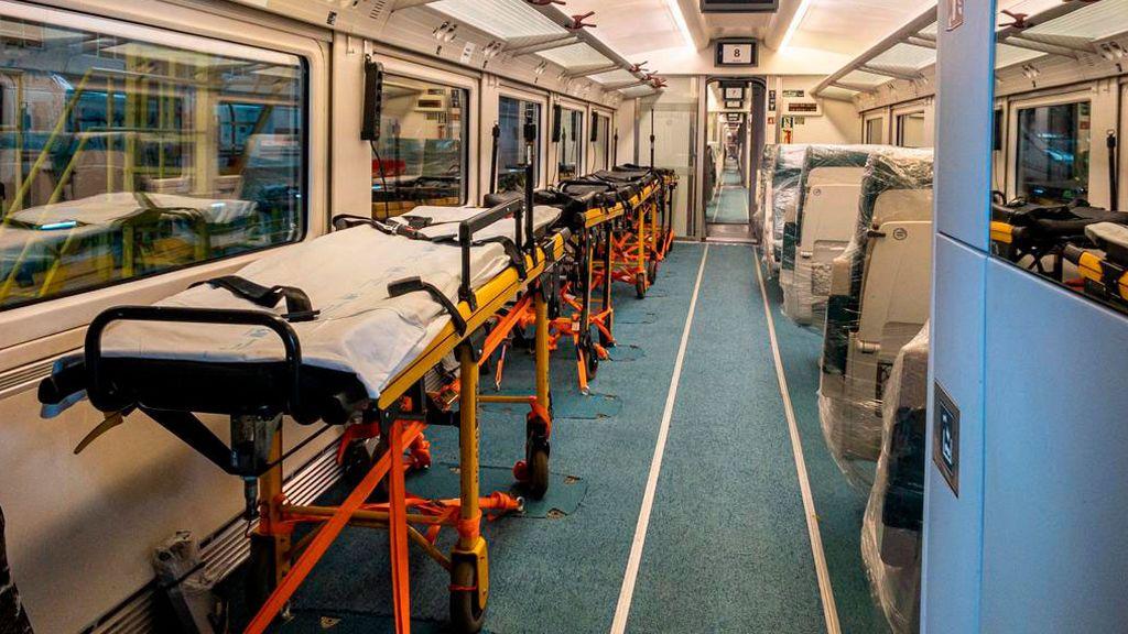 Renfe cuenta con tres trenes medicalizados para el traslado de pacientes