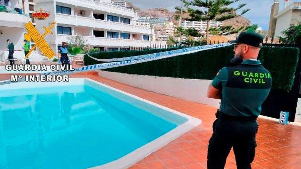 Dos multados por saltarse el confinamiento celebrando una fiesta en una piscina