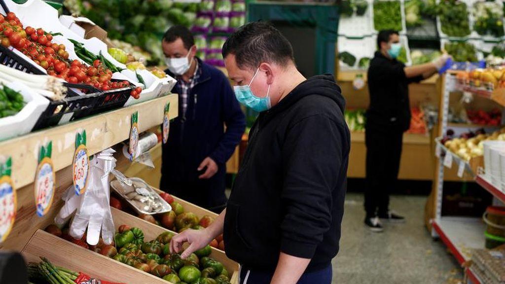El contagiarnos en un supermercado a través del aire es posible, según un estudio finlandés