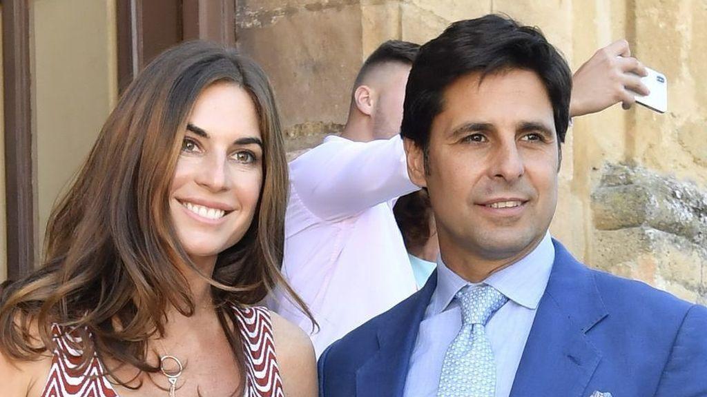 """Lourdes Montes muestra el parecido de su hija Carmen con Francisco Rivera y sus seguidores opinan: """"Son iguales"""""""