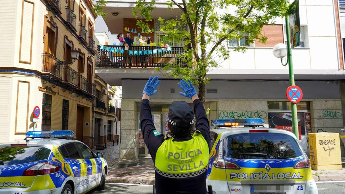 El Gobierno prohíbe a la Policía Local de Sevilla felicitar a los niños por sus cumpleaños