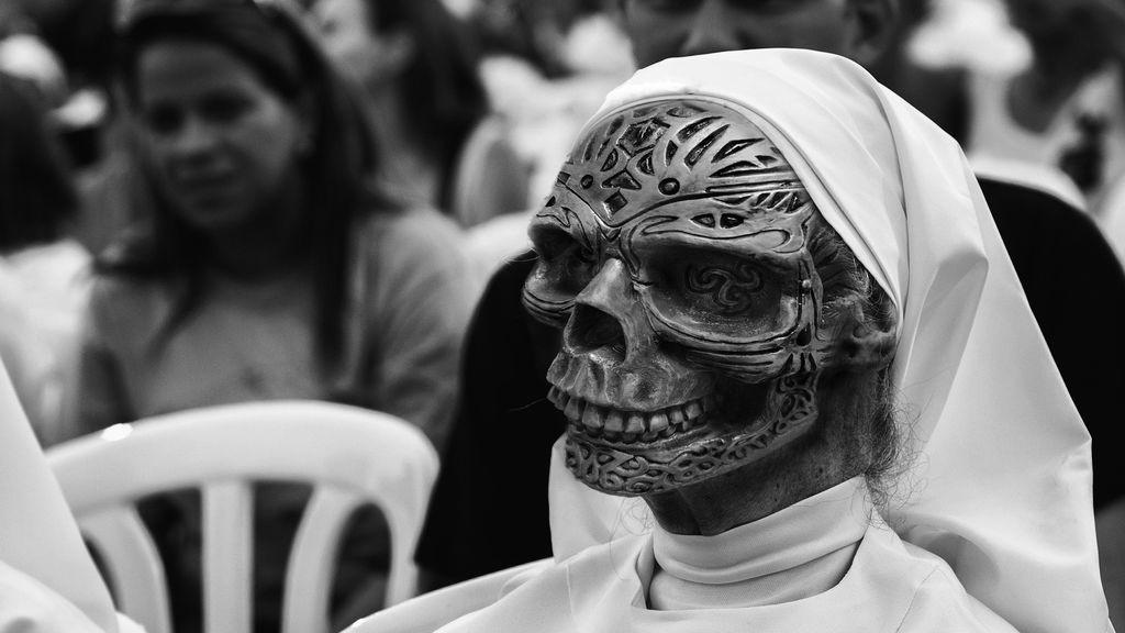 El llanto de 'La Llorona' aterroriza a niños y jóvenes para que no salgan a la calle en México