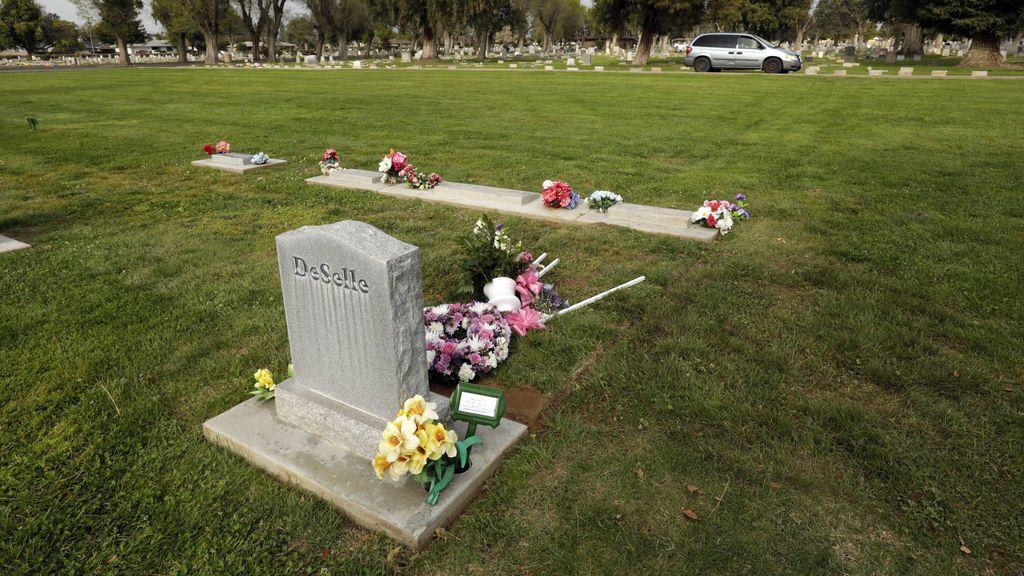 Una mujer muere de un infarto en el funeral de su madre fallecida por coronavirus