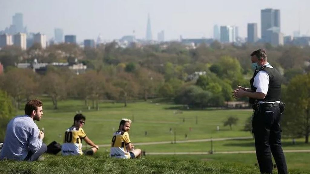 Reino Unido suma otros 917 muertos por coronavirus y roza ya los 10.000 fallecidos