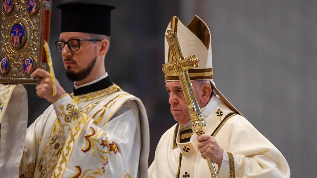El Papa Francisco celebra la misa del domingo de Pascua