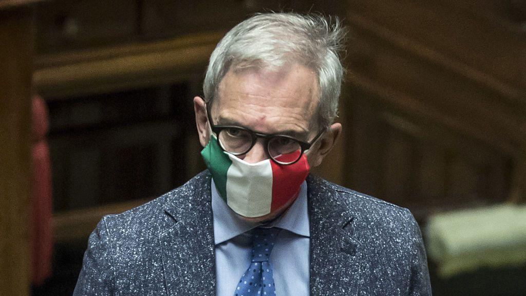 Frenazo en Italia de las muertes diarias