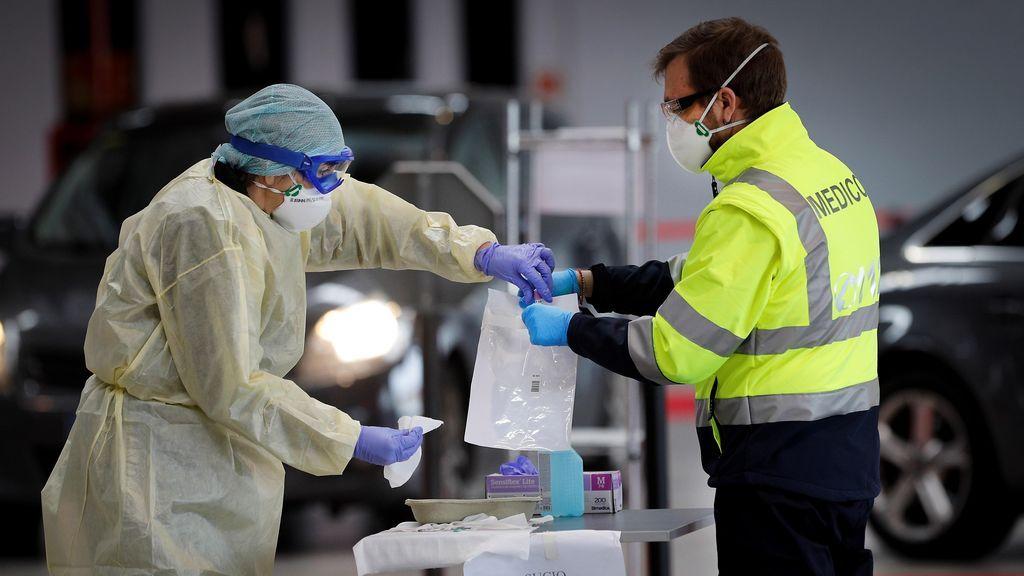 Última hora coronavirus: los trabajadores de actividades no esenciales reanudan mañana la actividad