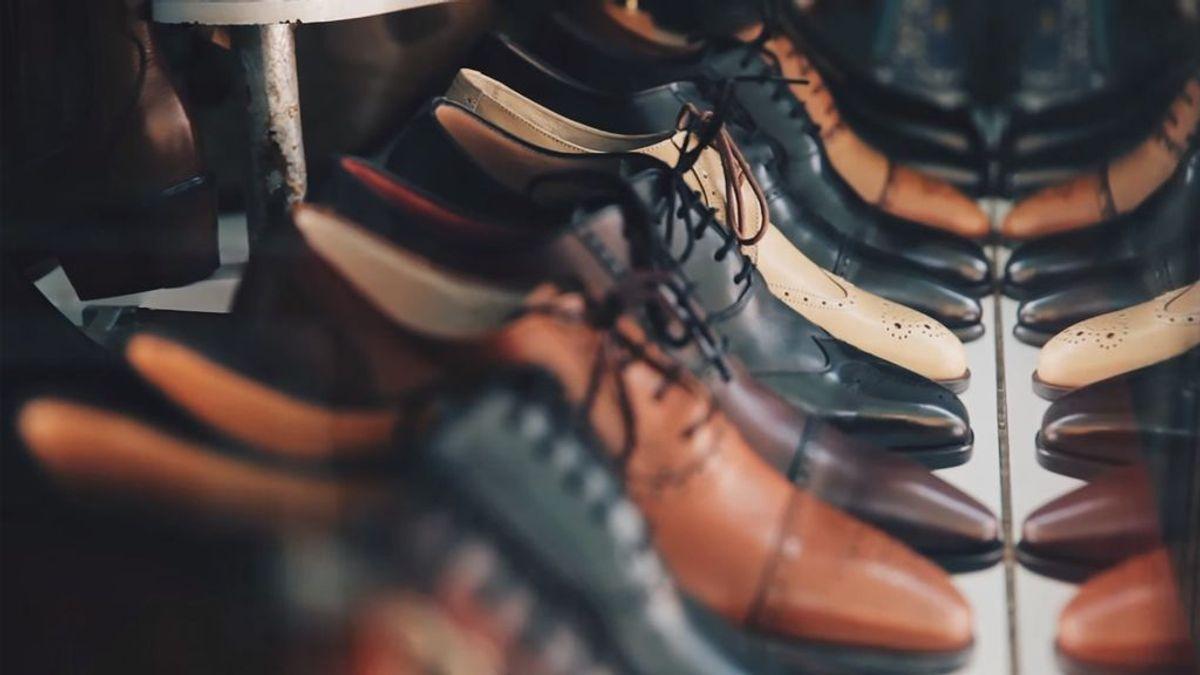 El coronavirus podría estar viajando en los zapatos