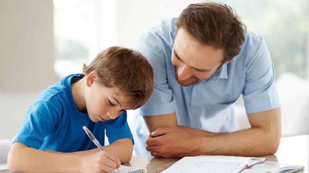 Los padres podrán acompañar a sus hijos en sus tareas del colegio.