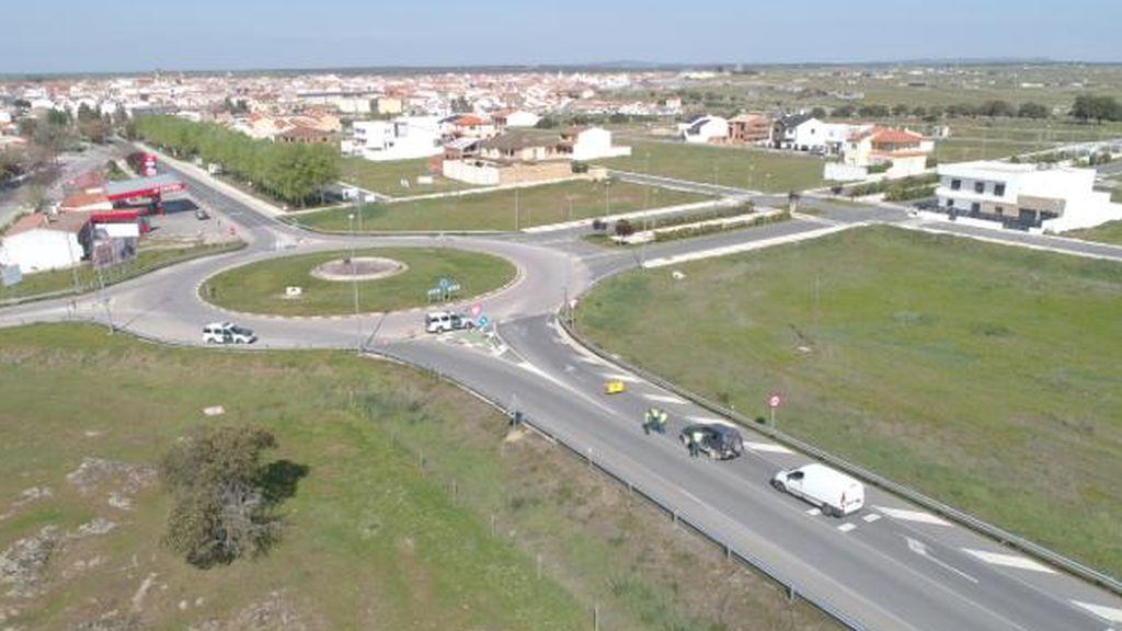 """Carlos Caro, alcalde de Arroyo de la Luz: """"Se ha acordado el levantamiento pero no podemos bajar la guardia"""""""