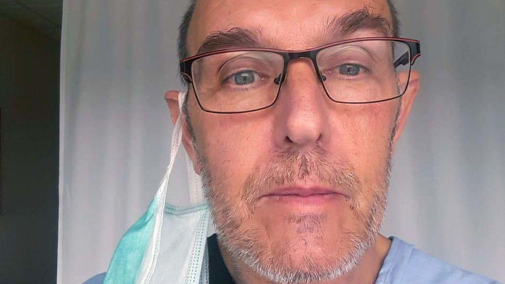 """El viaje de Gerardo por el virus desde el día uno de hospital hasta curarse: """"El miedo era no volver a ver a mi mujer"""""""