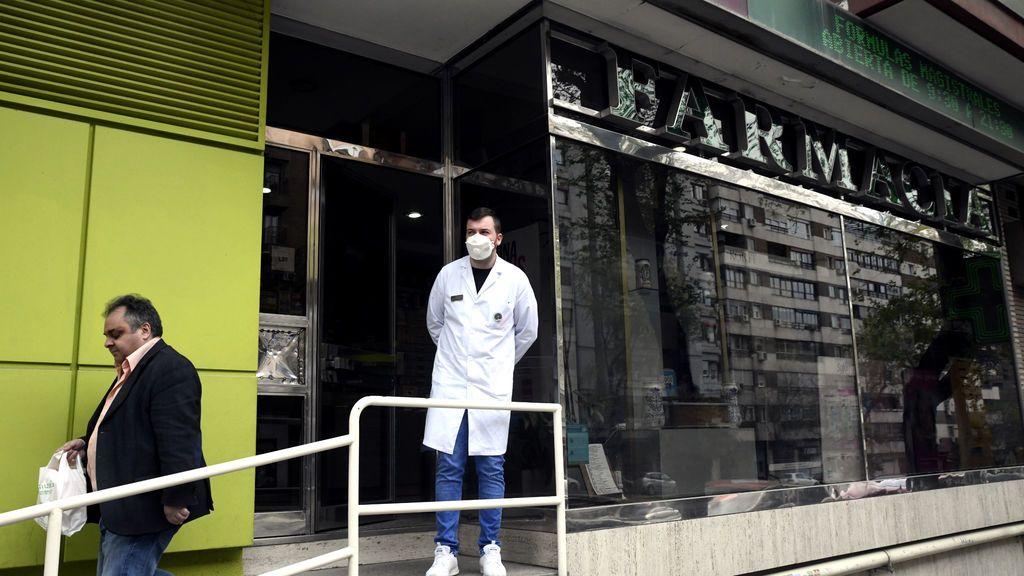 El ministro Marlaska anuncia que las farmacias tendrán mascarillas a finales de semana