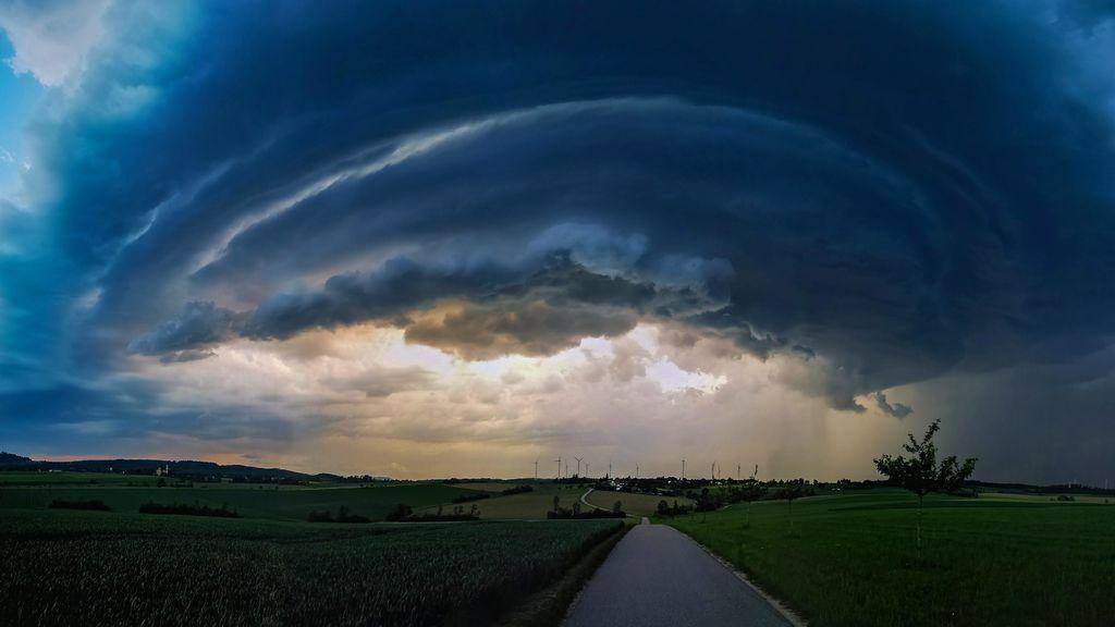 Aviso por tormentas y granizo en una veintena de provincias