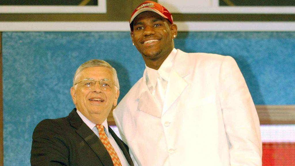 Lebron James en sus primeros pasos en la NBA